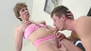 Petra is a short-haired Dutch babe who knows how to ride the cock