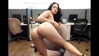 Indian Bhabhi Public Masturbation To Orgasm At Work In Office On Webcam