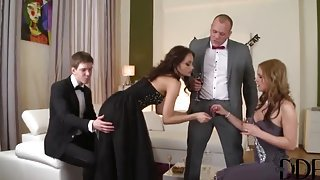 Teasing buxomy mature lady got fucked in group sex